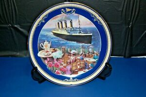 Antique The Cafe Parisien Titanic Queen of the Ocean Plate