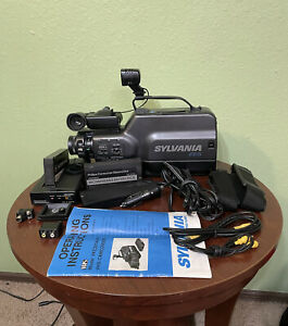 Sylvania high shutter ccd vhs camcorder camera from 1988 WORKING + Accessories