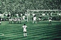 ALLAN CLARKE SIGNED FA CUP FINAL PHOTO 1972 AUTOGRAPH COA LEEDS UNITED UTD