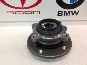 BMW Genuine F22 2-Series F30 3-Series F32 4-Series Front Wheel Hub with Bearing