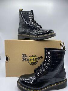 Dr Martens Womens Black Patent Croc Emboss Lamper Combat Boots SZ 11