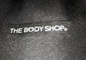 The Body Shop make-up, Bath & Body Gift Bag Worth £40 plus. 5  items bundle lot