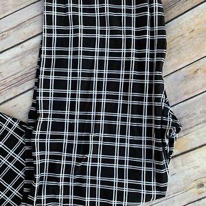Black & White Plaid Stripes Women's Leggings Plus Size 10-16 Super Soft