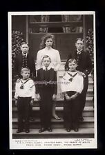 r3432 - King George V & Mary's Six beautiful Children c1911 - postcard
