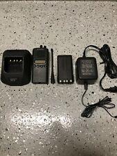 Kenwood TK-372G UHF Hand Held Radio w/ Accessories *New Battery* - Very Good