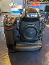 Nikon D700 Body w/ Nikon MB-D10 Grip, Batteries & Charger