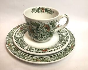 Vintage Ridgway Ironstone Staffordshire Canterbury Cup And Saucers Trio England