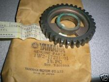 NOS Yamaha 1980 1981 IT125 1977 1978 1979 IT175 2nd Wheel Gear 31T 1W2-17221-01