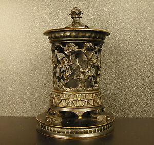 Ancien brûle parfum à décor végétal Japon c 1900 incense burner Japan H: 15 cm