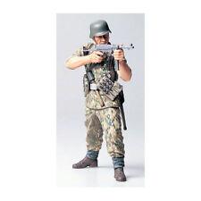 TAMIYA 36303 WWII German Elite Infantry Man 1:16 Military Model Kit
