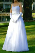 Deb or Wedding Dress, size 6-8, worn once, dry cleaned & in excellent condition