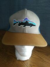 Patagonia Fitz Roy Trout Trail blue w/Pinecone Trucker Hat