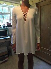 Stunning Motel Rocks Cream Dress with Flare Sleeves, BNWT Size XS