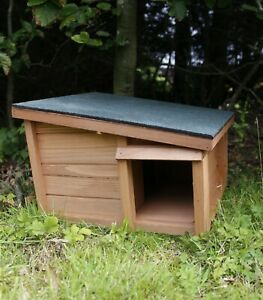 Predator Proof Hedgehog House Hibernation Shelter Solid Wood Habitat Nesting Box