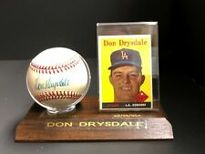 DON DRYSDALE AUTOGRAPHED 1958 IN PLAQUE WITH CERTIFICATE AND TOPPS #25 CARD