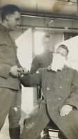 ORIGINAL WW1 U.S. ARMY SOLDIER CHECKED FOR 1918 SPANISH FLU PANDEMIC PHOTO c1918