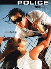 PUBLICITE ADVERTISING 025  2008  POLICE  lunettes solaires ANTONIO BANDERAS