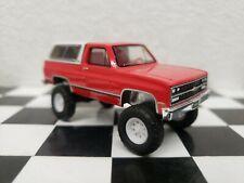 CUSTOM MADE 1991 Chevy K-5 Blazer 1:64 squarebody Greenlight lifted4x4CHEVEROLET