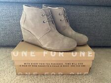 Toms Desert Wedge Women's Taupe Suede Ankle Booties...Size 9.5