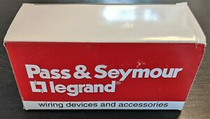 Pass & Seymour (LEGRAND) 3854 Surface Mount Range Receptacle 50A 125/250V 3P 4W