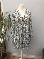 Women's Size 12 Evella Ruched Waist Floral Tea Boohoo Yellow Sheath Dress AD