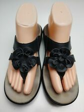 Spenco Medical Shoes Women's Black Flower Wedge Thong Sandals Size 7