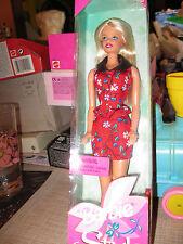 NRFB 1998 Barbie Style Mattel Fashion Avenue Blonde Hair 20766 T2