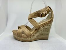 Fiore Women's Beige Strappy Wedge Sandals Size 6 ( LC 54).