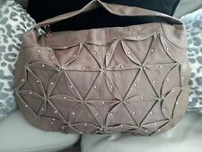 PIED A TERRE WOMANS DESIGNER. BNWT  LARGE TAUPE LEATHER SHOULDER BAG. BNWT