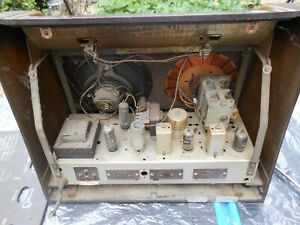 Vintage GEC BC5445 valve radio. As found UNTESTED spares or repairs ONLY.