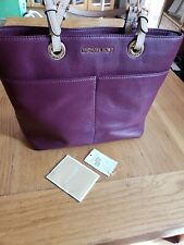 Michael Kors Bedford leather  Pocket Tote  bag Plum excellent condition
