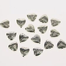28pcs Tibetan silver color heart shaped textured  spacer beads h0978