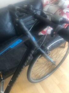 Used Specialized Sirrus Hybrid Bike Bicycle Large Black 27 Speed 700c