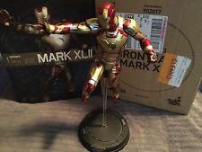 Iron Man 3 Hot Toys 1/6 Scale Mark XLII Figure