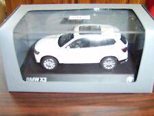 bmw x3 diecast 1/43 in white