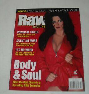 2000 WWF RAW WRESTLING MAGAZINE CHYNA LINDA McMAHON RON SIMMONS BIG SHOW HOUSE