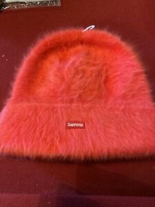 Supreme Kangol Furgora Beanie - RED (FW20)