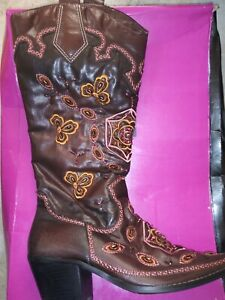 Ladies Dollhouse Cowboy Boots US Size 10 with Box FABULOUS