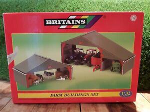 Britains 1:32 Farm Building Set Model No. 40973