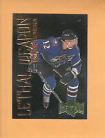 1996 97 METAL UNIVERSE LETHAL WEAPON #1 PETER BONDRA WASHINGTON CAPITALS