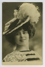 c 1903 French Showgirl ELISE DE VERE unnamed Undivided back photo postcard