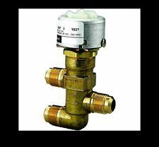 Honeywell VP526A1027/U Three-Way Mixing, Unitary Water Valve