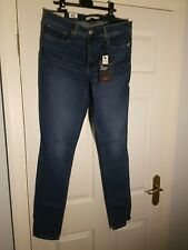 LEVI'S SCULPT 311 SHAPING SKINNY Size 33/34 New Womens