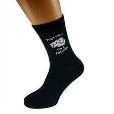 Vertrau mir ich bin ein Briefträger Bild Design Herren Schwarz Socken x6n412