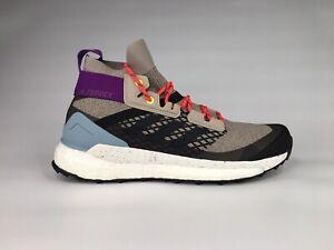 Adidas Womens Terrex Free Hiker Sz 9.5 Mid Top Comfort Trail Hiking Shoes G28416