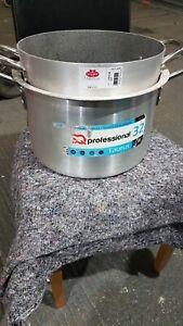 Ballarini and Taurus casserole dish  2 Handles 32 cm