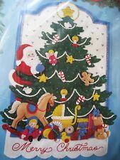 Bucilla Wallhanging/Door Felt Applique Kit,CHRISTMAS TREE BANNER,Santa,#83107