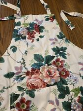 New listing Vintage Flower full Apron shabby pink roses