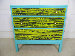 VINTAGE RETRO LEBUS RESTYLED PAINTED CHEST OF DRAWERS 1960s design woodgrain