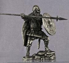 Zinnfigur. Viking mit einem Speer bewaffnet. Vk-5. Größe 54mm. Scale 1:32.